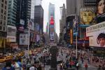 Times Square med sine mange lysplakater